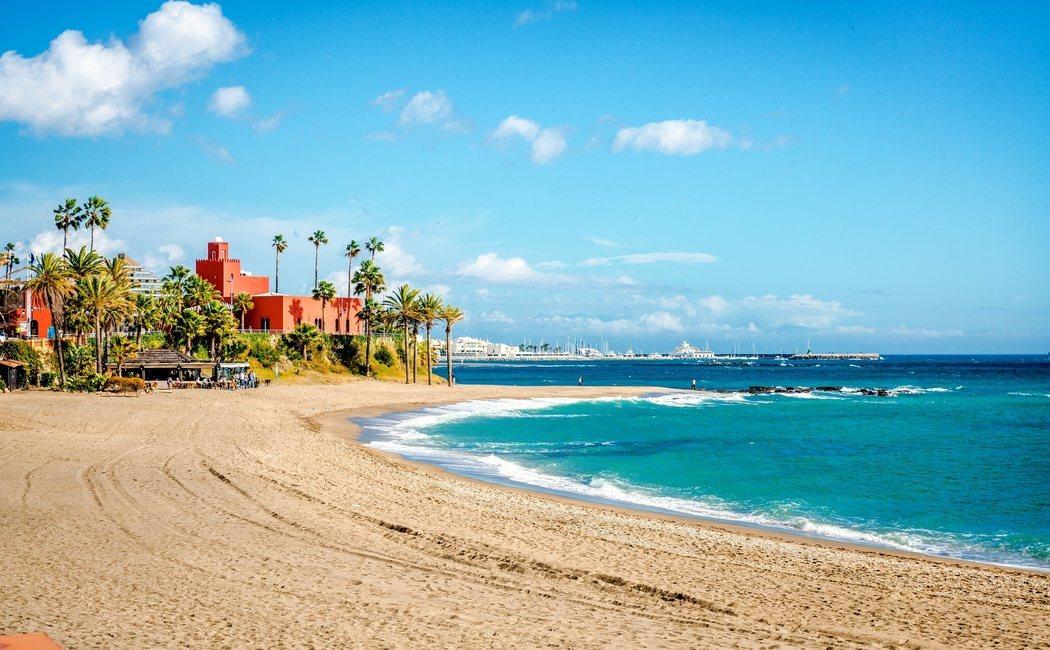 Cinco playas españolas en las que puedes disfrutar del sol en invierno