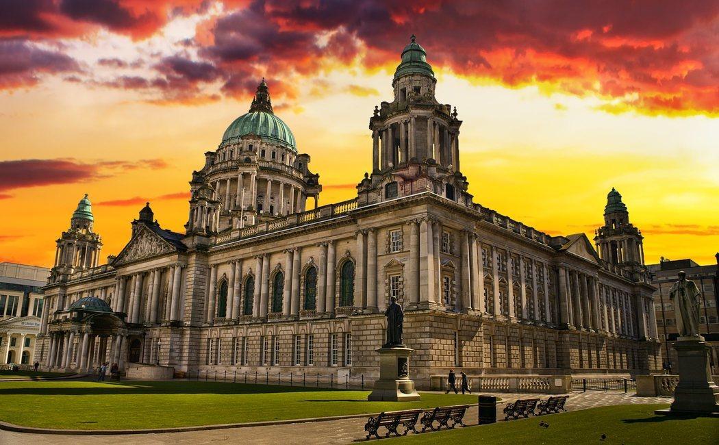 Conoce Belfast, la ciudad que vio nacer el Titanic