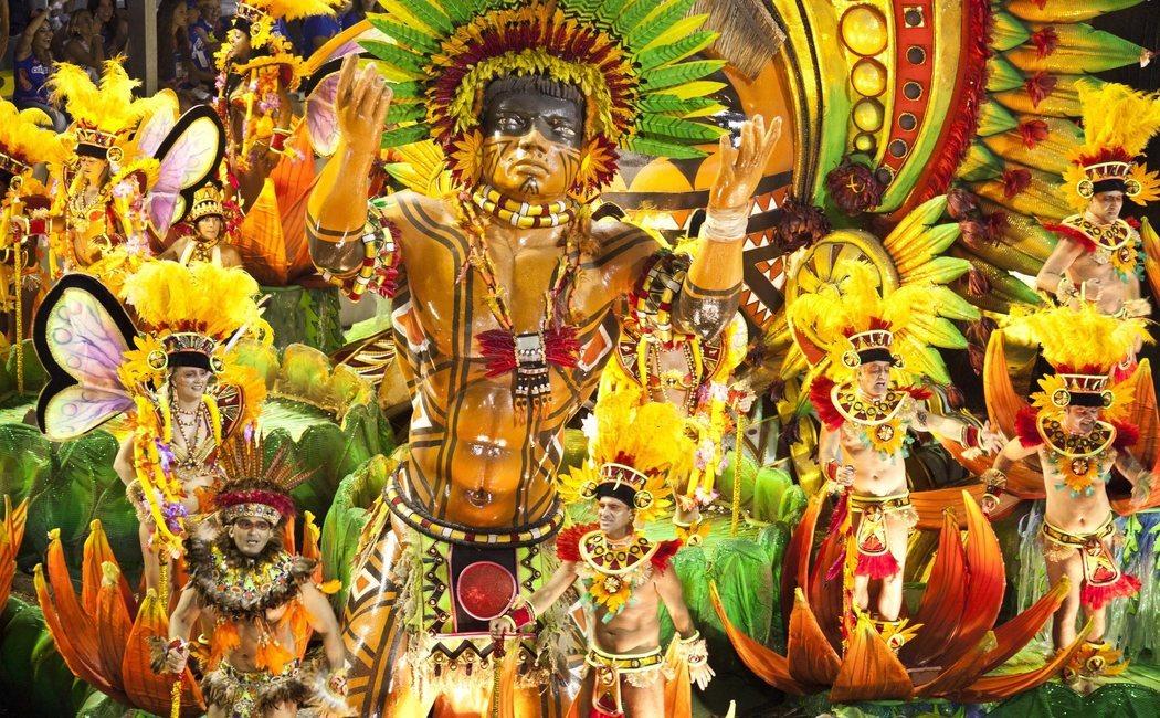 Dónde pasar Carnaval: cuatro ciudades del mundo para disfrutar de la fiesta
