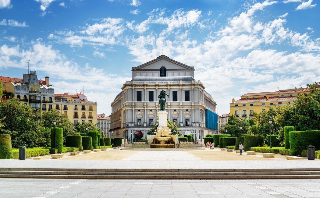 Conoce la historia y los secretos que se esconden en el interior del Teatro Real de Madrid