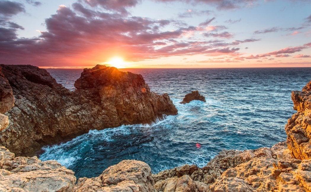 Qué hacer en Menorca si llueve: 10 visitas culturales alternativas al sol y la playa