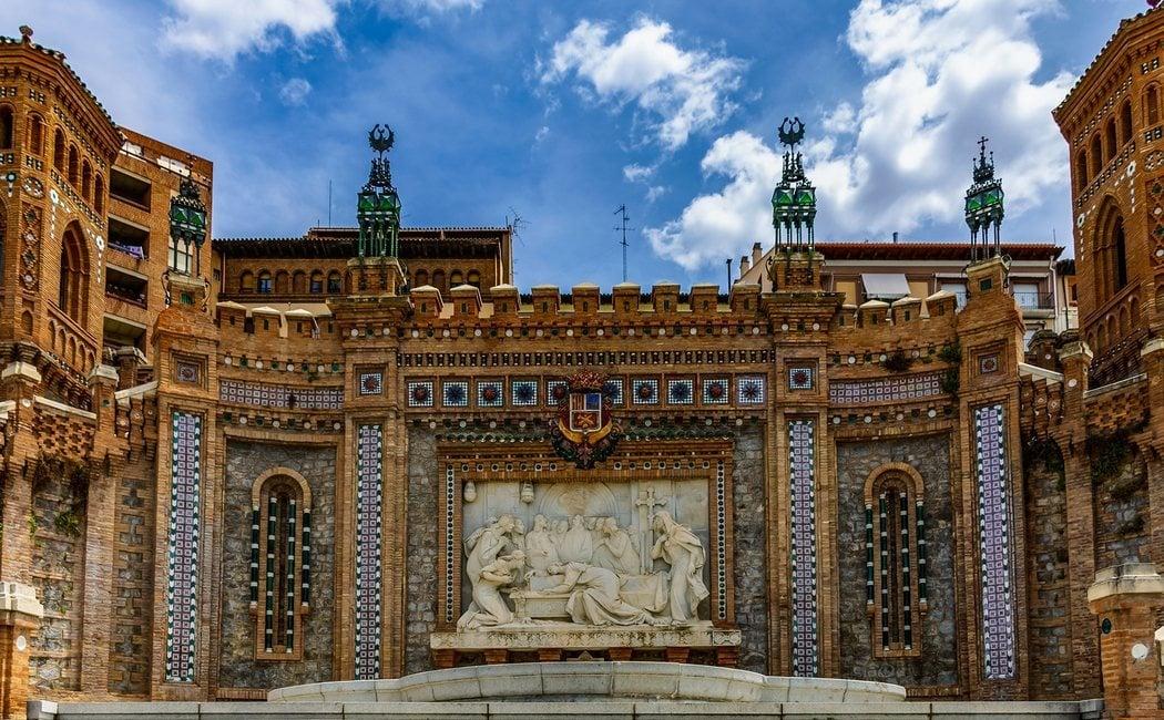 Qué ver en Teruel y su provincia: castillos, gastronomía, Albarracín y Dinópolis