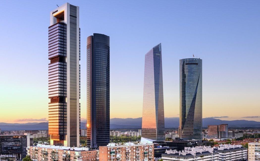 De Madrid al cielo: la guía de los rascacielos de la capital de España