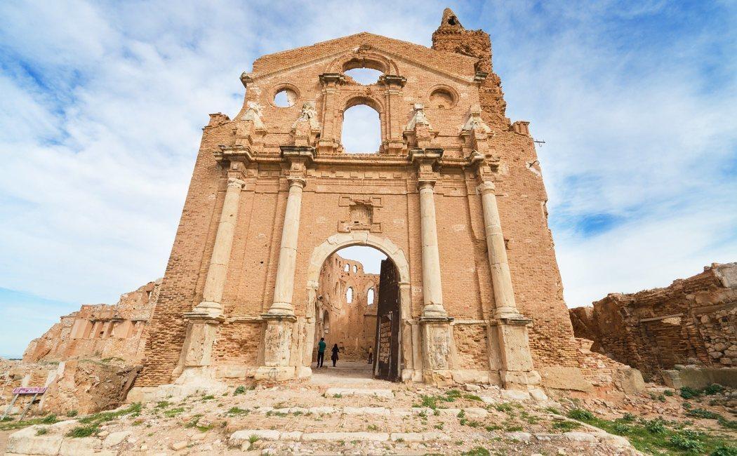 Los 9 pueblos abandonados más bonitos de España
