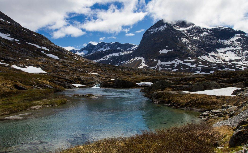 Qué ver y cómo llegar a Isla Navarino, un paraíso virgen y salvaje en Chile
