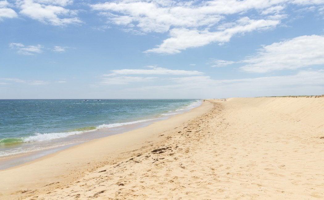 Qué ver y cómo llegar a Isla Desierta o Isla Barreta: descubre la joya del Algarve