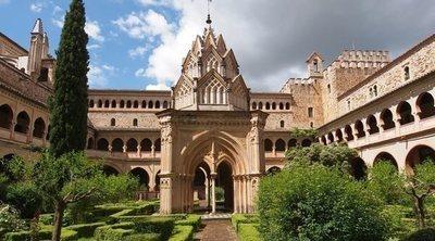 Tras los pasos de Isabel La Católica: una ruta turística por Extremadura y Andalucía