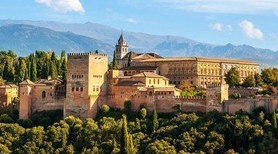 Todo lo que tienes que saber de la Alhambra de Granada para preparar tu visita a esta mágica ciudad palatina