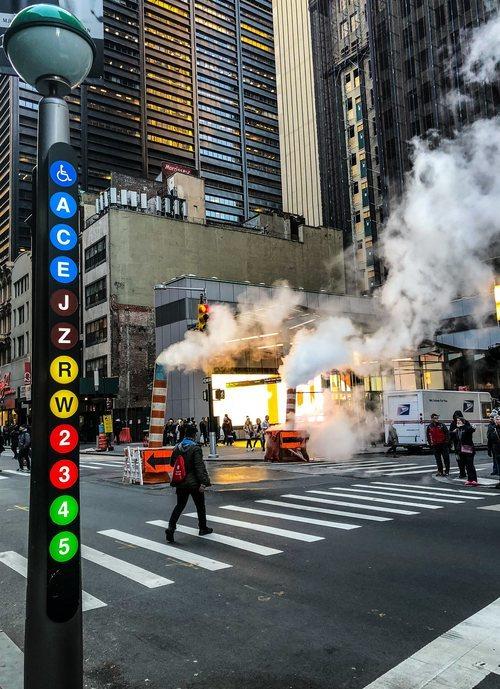 Una señal del metro de Nueva York en Manhattan
