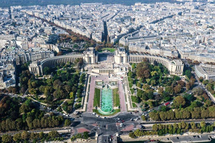 Vista aérea de Trocadéro desde la Torre Eiffel de París