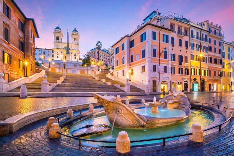 La Plaza de España de Roma con sus famosas escaleras