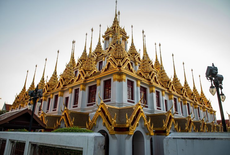 El templo de Wat Rajanaddaram Worawihan en Bangkok